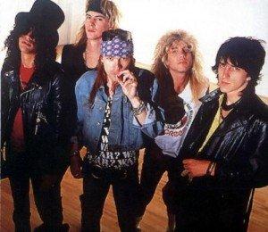 Guns+N+Roses+gunsnroses_slash_axel_Gun_478f