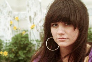 Country-Rock-Singer-Linda-Ronstadt-220
