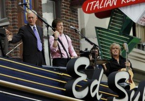 Paul-McCartney-Performs-on-the-Late-Show_1_1