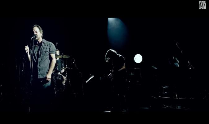 Pearl Jam 'Sirens'
