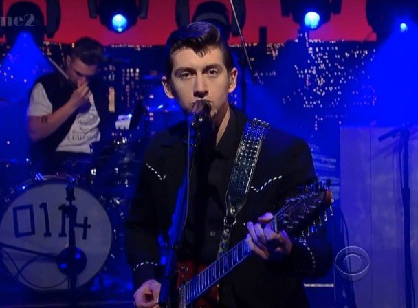 Arctic-Monkeys-on-Letterman-608x448