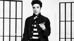 elvis-presley-will-be-resurrected-as-hologram-for-film-tv-7922343336