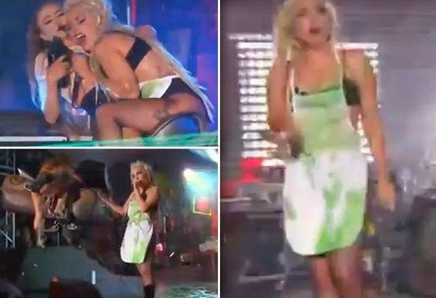 Lady Gaga can be fully puke on stage