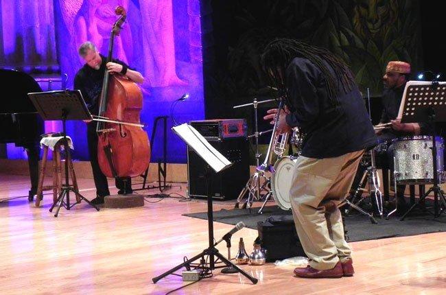 Wadada-Leo-Smith-festival-Aural-2014-01