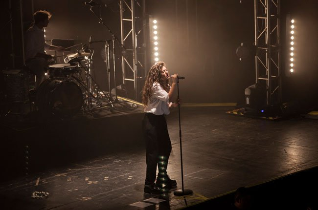 Lorde-Auditorio-BlackBerry-by-QueridoPin-(11-of-14)