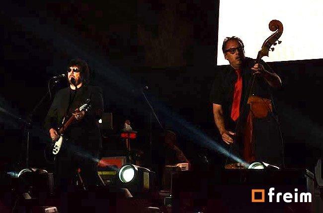 vive-latino-2014-dia-2-los-tres-02