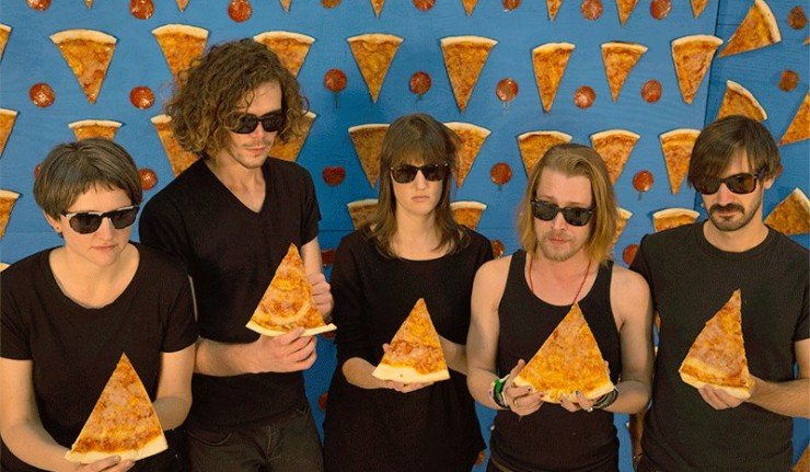macaulay-culkin-s-pizza-underground-releases-first-mv