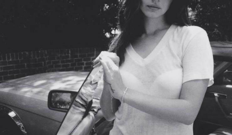 Lana-Del-Rey-Ultraviolence-Deluxe-2014-1200x1200