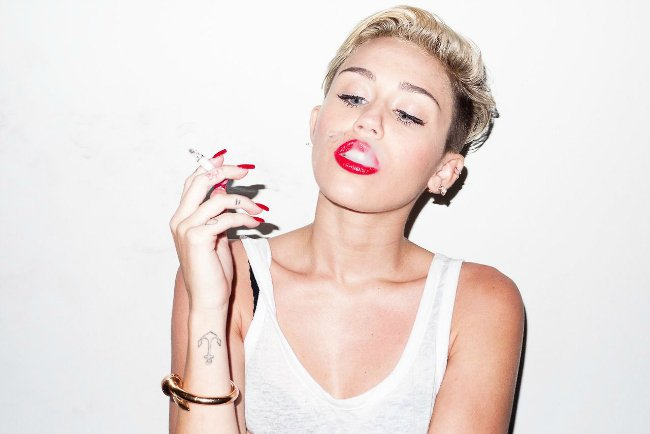 miley-cyrus-photoshoot-by-terry-richardson-2013-_1