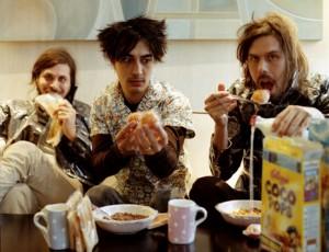 Liars hace un minimalista remix a 'Inside Stuff' de 33