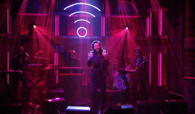 LATE NIGHT WITH SETH MEYERS -- Episode 208 -- Pictured: Musical guest Father John Misty performs on May 18, 2015 -- (Photo by: Lloyd Bishop/NBC)