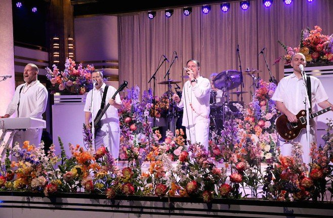 THE TONIGHT SHOW STARRING JIMMY FALLON -- Episode 0262 -- Pictured: (l-r) Roddy Bottum, Billy Gould, Mike Bordin, Mike Patton and Jon Hudson of musical guest Faith No More perform on May 13, 2015 -- (Photo by: Douglas Gorenstein/NBC)