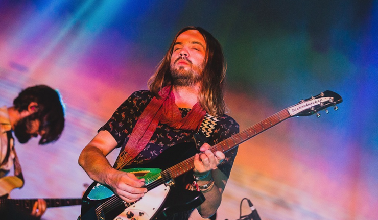 tame-impala-miguel-remix-waves-song-stream