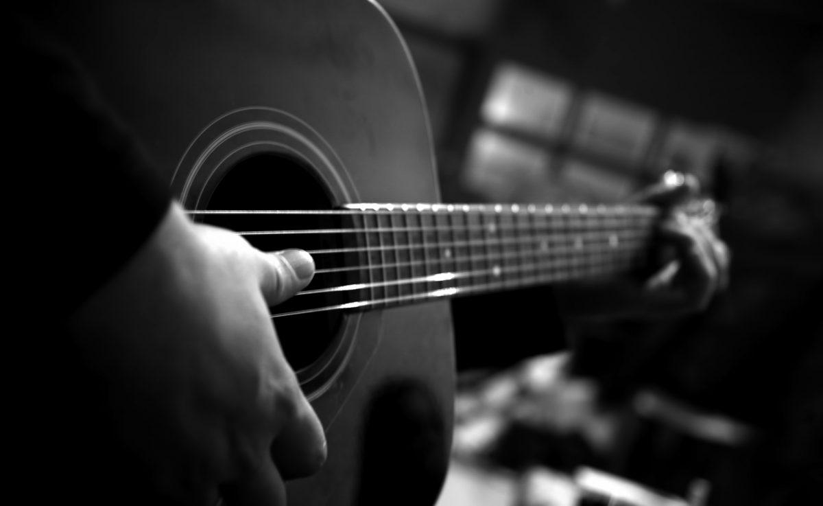 10 Frases De Canciones Para Ligar Freim